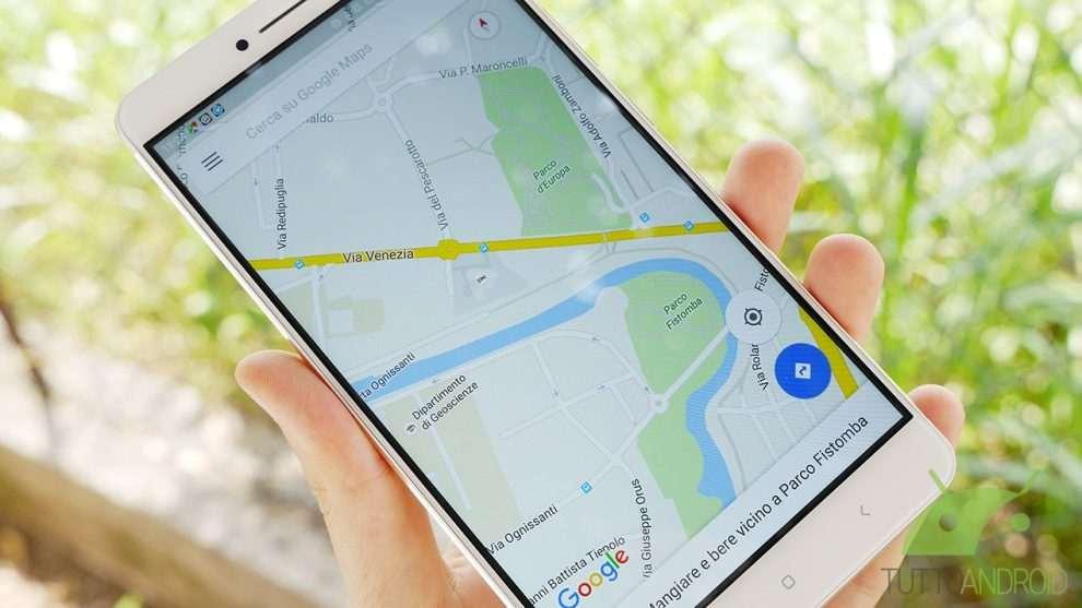 Donna tradisce il marito, l'adulterio viene scoperto grazie a Google Maps