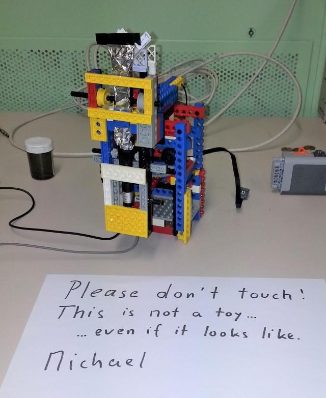 LEGO CERN