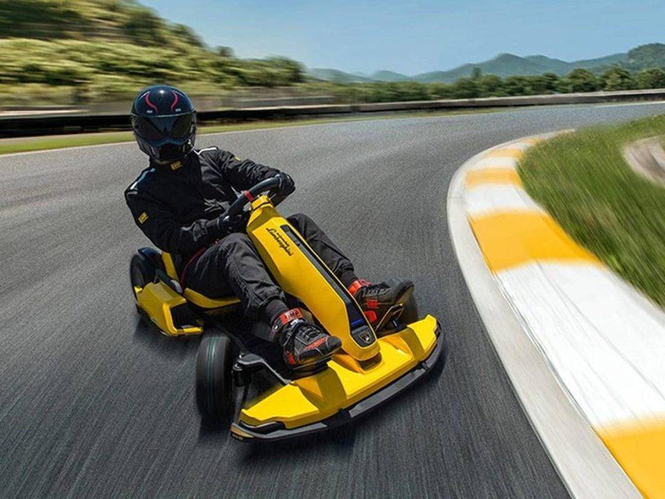 Il go-kart della Lamborghini in pista