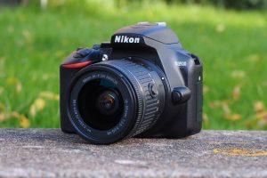 Nikon D3500 e D5600 fuori produzione