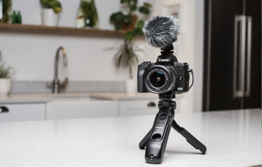 Canon EOS M50 Mark II annuncio