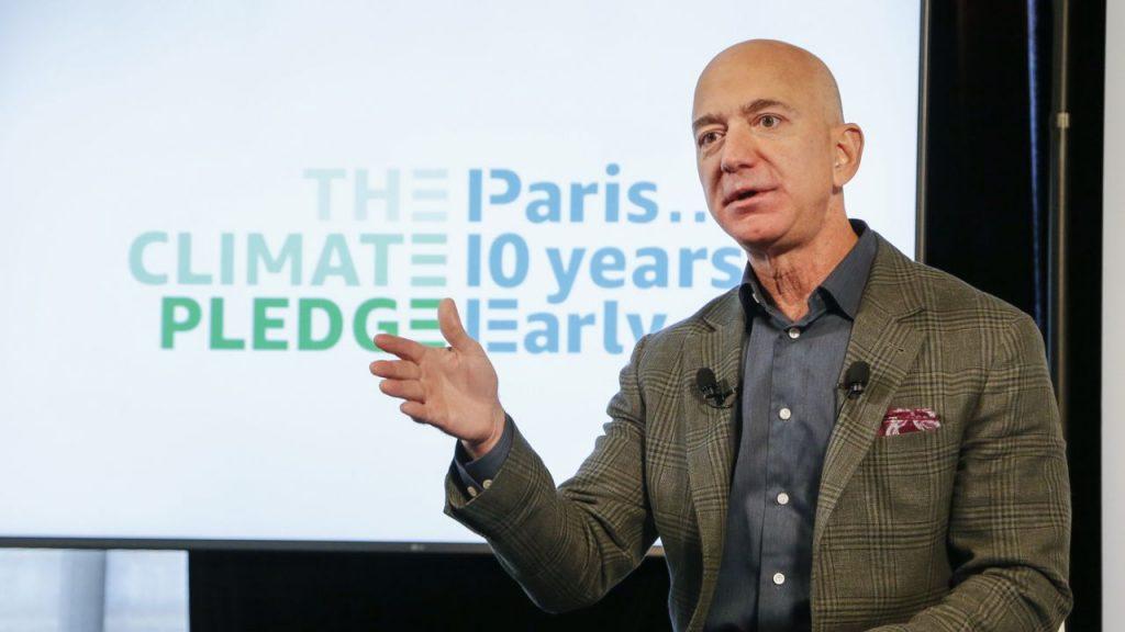 Jeff Bezos al Paris Climate Pledge