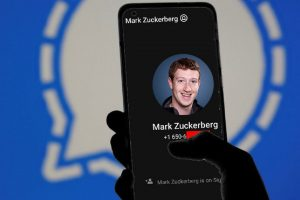 mark zuckerberg signal hacker