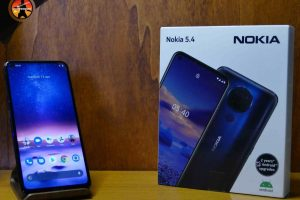 Nokia 5.4 custodia e smartphone