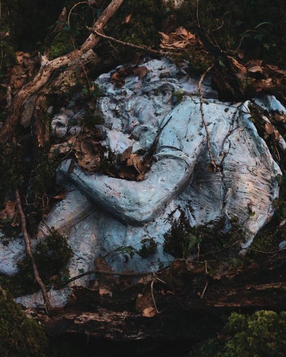 caparezza exuvia scultura