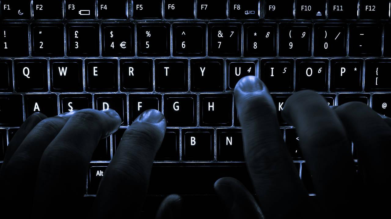 hacker tastiera