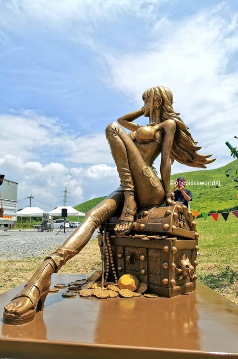 one piece statua nami