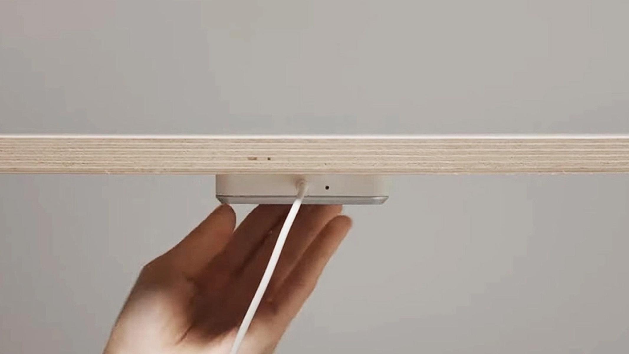 Ikea Ricarica Wireless Invisibile Scrivania Gaming